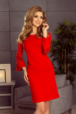 190-3 MARGARET Raudona suknelė su iškirtinio stiliaus nėriniuotomis rankovėmis