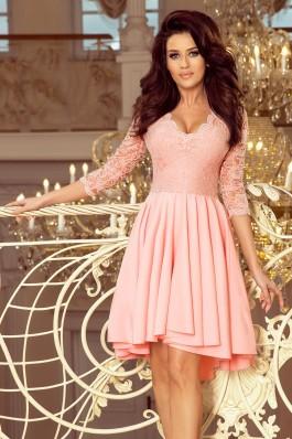 210-7 NICOLLE - Suknelė su ilgesne nugara ir nėriniais - Pastelinė rožinė