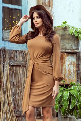 275-1 JENNY Ties liemeniu surišama karamelės spalvos suknelė