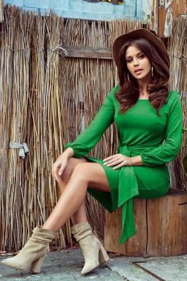 275-4 JENNY Ryškiai žalia surišama suknelė