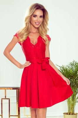 242-4 ANNA Raudona suknelė su iškirpte ir nėriniais